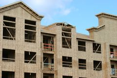 Здание под конструкцией стоковые фото