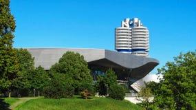 Здание с логотипом BMW Мюнхена, Германии Стоковое Изображение