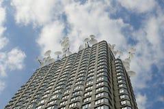 здание dishes множественный спутник крыши Стоковая Фотография RF