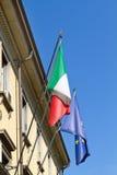 здание flags итальянка правительства Стоковое Изображение RF