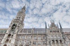 Здание Neues Rathaus в Мюнхен, Германии Стоковые Фото