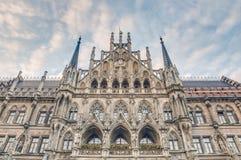 Здание Neues Rathaus в Мюнхен, Германии Стоковая Фотография
