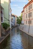 Здания и канал в Праге Стоковая Фотография