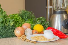 Здоровая еда - здоровая еда на таблице - на деревянной предпосылке Стоковые Фото