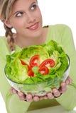 здоровая женщина серии уклада жизни салата Стоковые Фото
