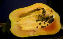 Папапайя и семена стоковое фото rf