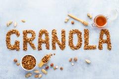 Здоровая предпосылка granola овса Granola слова сделал испеченных овсов стоковые фото