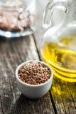 Здоровое коричневое льняное семя Стоковые Фотографии RF