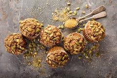 Здоровые булочки тыквы с семенами Стоковое фото RF