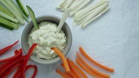 Здоровые овощи и закуска погружения Vegetable ручки и погружения в шаре акции видеоматериалы