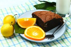 Здоровые хлеб и молоко плодоовощ завтрака стоковая фотография rf