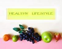 Здоровый образ жизни приносит плоды еда m Eco vegan натюрморта концепции предпосылки Яблока стоковое изображение rf