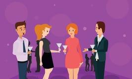 Здравица приветственных восклицаний партнеров компании на встрече празднует сотрудничество бесплатная иллюстрация