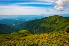 зеленая долина горы Стоковая Фотография RF