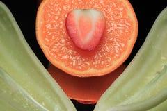 зеленая жизнь перчит неподвижный tangerine Стоковые Изображения RF