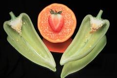 зеленая жизнь перчит неподвижный tangerine Стоковые Изображения