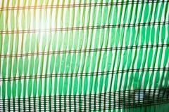 Зеленая сеть shading защищает свет солнца Стоковые Изображения