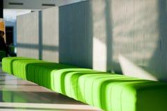зеленая софа Стоковая Фотография RF