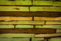 Зеленая старая деревянная предпосылка Стоковая Фотография