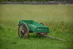 Зеленая тележка Стоковые Изображения