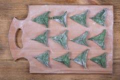 Зеленая тусклая сумма, китайская еда Очень вкусные домодельные вареники с мясом говядины или картофельными пюре или творогом Стоковые Изображения RF