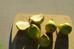Зеленые груши Bartlett Стоковая Фотография