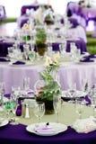 зеленые пурпуровые таблицы wedding Стоковая Фотография RF