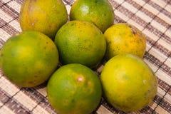 Зеленые свежие оранжевые подготавливают для еды Стоковые Фото