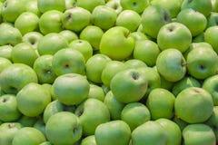 Зеленые яблоки как предпосылка, текстура Стоковые Изображения RF