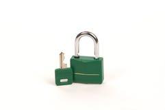 зеленый ключевой замок Стоковые Фотографии RF