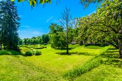 Зеленый парк в Karlovac, Хорватии Стоковые Фото