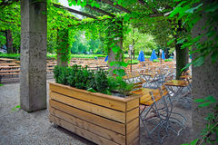 Зеленый парк Мюнхен, Германия стоковые фотографии rf
