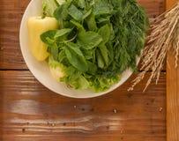 Зеленый перец с зеленым салатом Стоковое Изображение RF
