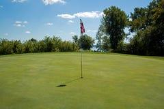 зеленый цвет гольфа курса Стоковое Изображение RF