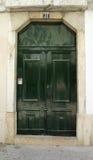 зеленый цвет двери Стоковые Фотографии RF
