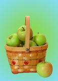 зеленый цвет корзины яблок стоковая фотография