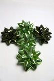 зеленый цвет креста рождества смычка Стоковая Фотография