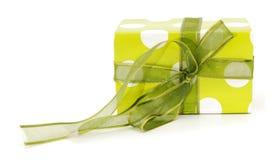 зеленый цвет подарка коробки Стоковые Изображения