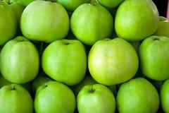 зеленый цвет предпосылки яблока Стоковое Изображение RF