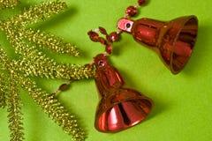 зеленый цвет рождества колокола предпосылки Стоковые Изображения