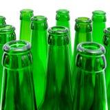 зеленый цвет стекла бутылок пива Стоковое фото RF