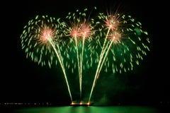 зеленый цвет феиэрверков Стоковые Изображения RF