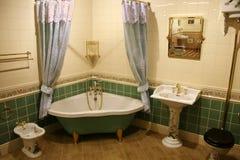 зеленый цвет 2 ванных комнат Стоковое Изображение