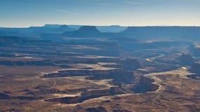 зеленый цвет canyonlands обозревает реку стоковая фотография rf