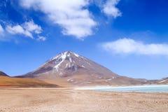 Зеленый Laguna Verde, Боливия Стоковое фото RF