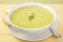 Зеленый Zucchini Courgette супа Стоковые Фото