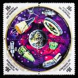 Земля и различные корабли, 500th годовщина рождения serie Коперника, около 1973 стоковая фотография rf