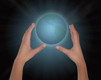 Земля руки Стоковое фото RF