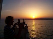 Земная навигация с ориентир ориентиром в вечере во время захода солнца Стоковое Изображение RF
