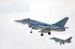 2 земли военный самолёт на авиаполе Стоковые Изображения RF